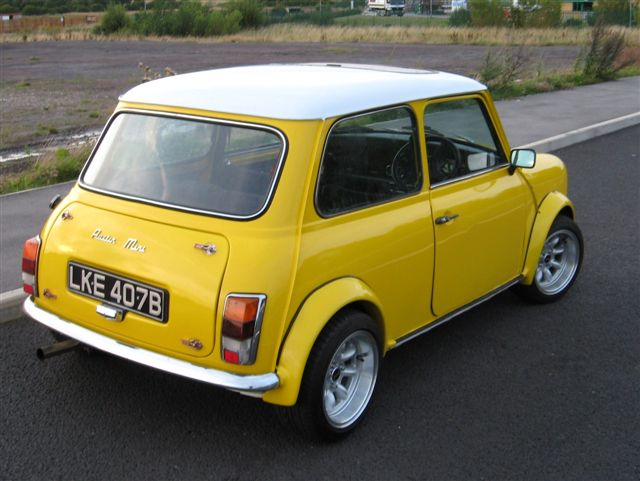 minifinity the classic mini forum and resource view topic yellow 1964 austin mini sold. Black Bedroom Furniture Sets. Home Design Ideas